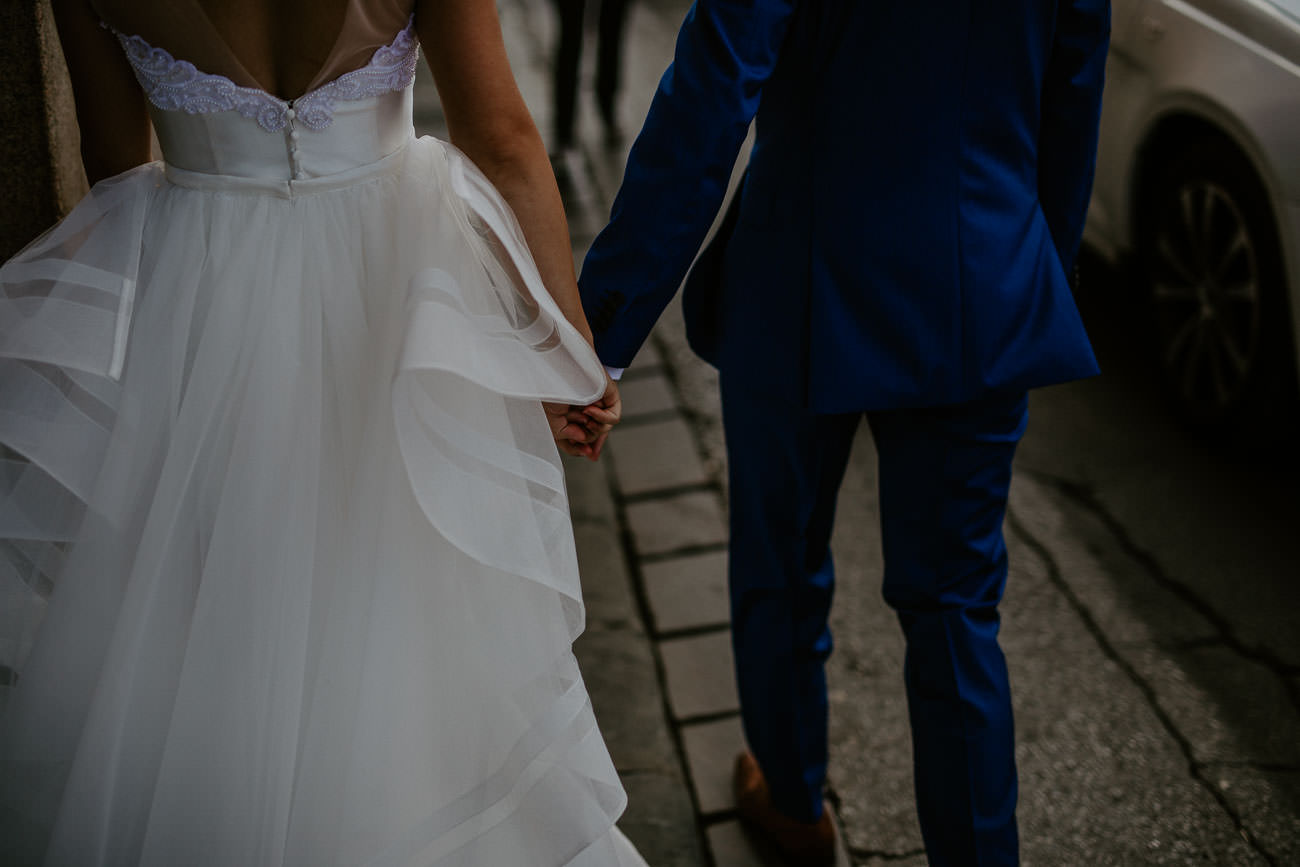 Holding hands florence italy wedding photographer