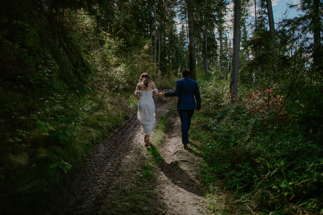 Boho Bride and Groom - First look - Edmonton Wedding Photographer