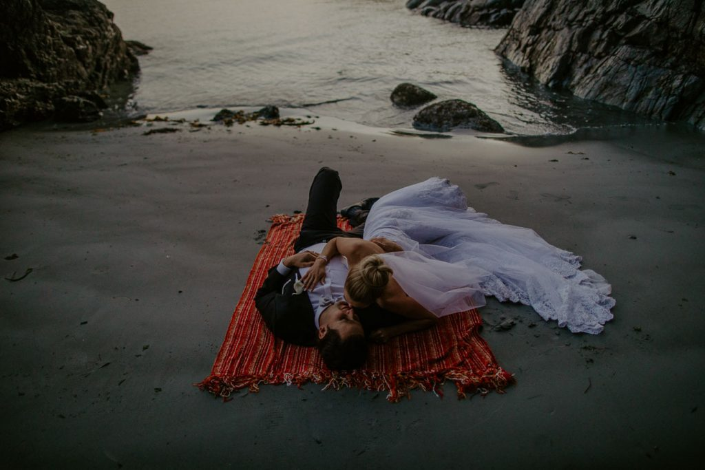 romantic-vancouver-island-wedding-after-session-wedding-photos-v